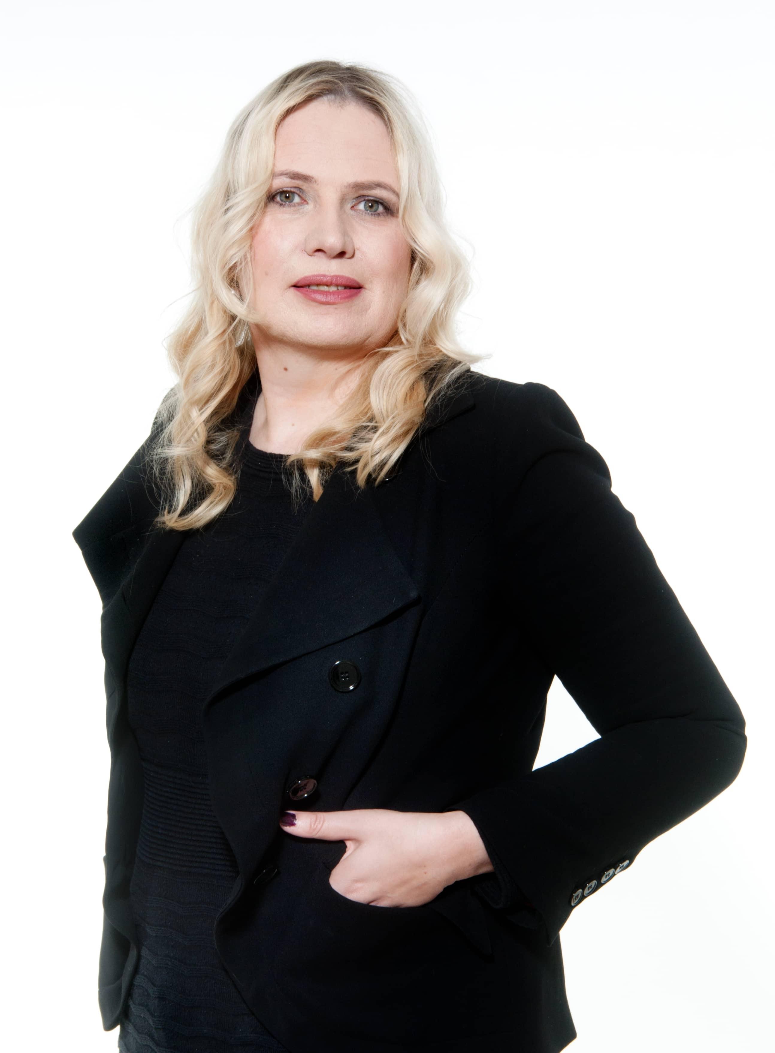 Diana Jung